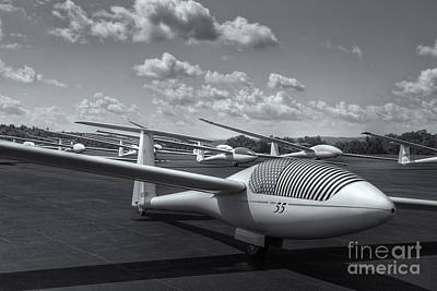 Photograph - Sailplanes On The Grid II by Clarence Holmes