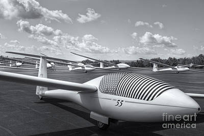 Photograph - Sailplanes On The Grid Iv by Clarence Holmes