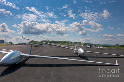 Sailplanes On The Grid V Art Print by Clarence Holmes