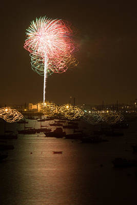 Photograph - Salem Fireworks by Jeff Folger