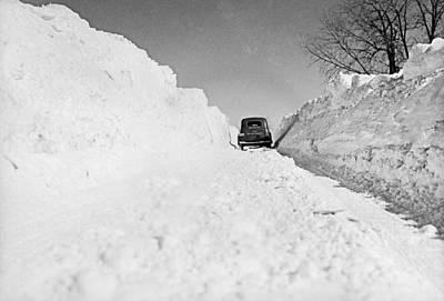 Snow Banks Photograph - Salesman's Vehicle High Snow Banks - North Dakota - Usa - 1947-1 by Donald  Erickson