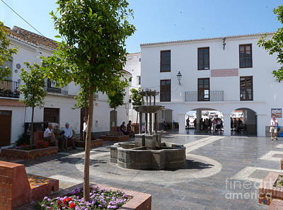 Photograph - Salobrena Square by Phil Banks