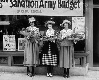 Photograph - Salvation Army, 1921 by Granger