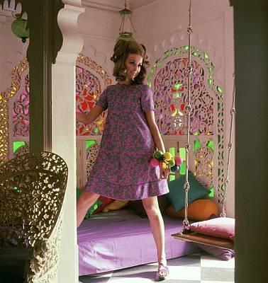 Samantha Jones Wearing A Print Tent Dress Art Print