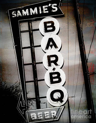 Squint Photograph - Sammie's Bbq by Sonja Quintero