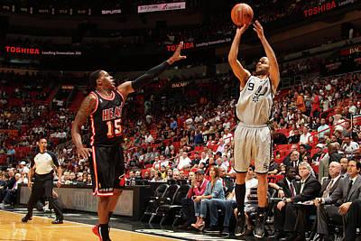 Photograph - San Antonio Vs Miami Heat by Issac Baldizon