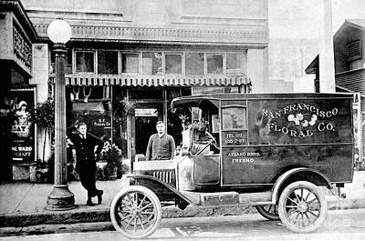 Vintage Truck Photograph - San Francisco Floral Truck by Jon Neidert