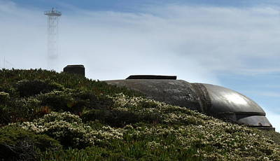 Photograph - San Francisco Gun Emplacement by Jeff Lowe