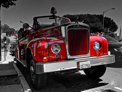 Photograph - San Francisco Mack Fire Engine by Lance Vaughn