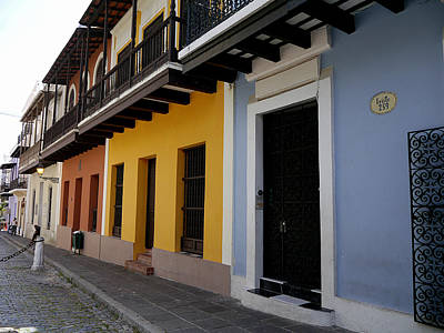 Photograph - San Juan - Colorful Calle by Richard Reeve