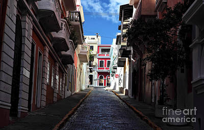 San Juan Alley Art Print by John Rizzuto