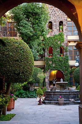 San Miguel De Allende, Mexico, Courtyard Art Print by Alice Garland