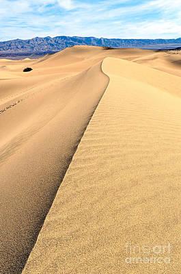 Sand Dune Ridge In Death Valley National Park Art Print by Jamie Pham