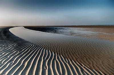 Pattern Photograph - Sandlines by Tineke Visscher
