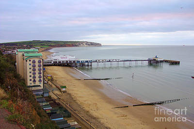 Photograph - Sandown Pier At Sunrise by Jeremy Hayden