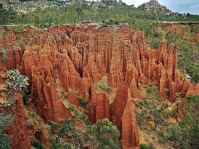 Photograph - Sandstone Cliffs by Liudmila Di