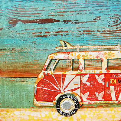 Bus Mixed Media - Santa Cruise by Danny Phillips