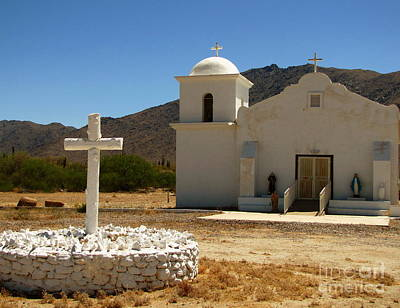 Marilyn Photograph - Santa Cruz Chapel by Marilyn Smith