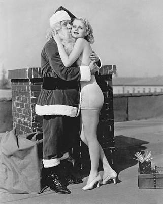 Bathing Photograph - Santa Gets Warm Welcome by Underwood Archives