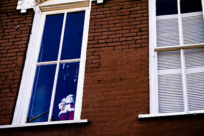 Photograph - Santa In A Window by Audreen Gieger