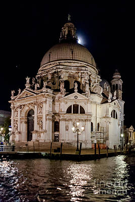 Photograph - Santa Maria Della Salute At Night by Paul Cowan