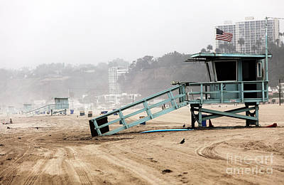 Photograph - Santa Monica Lifeguard Stand by John Rizzuto