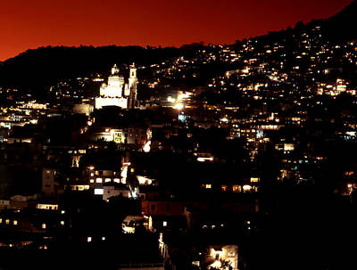 Photograph - Santa Prica Night Glow by Robert  Rodvik