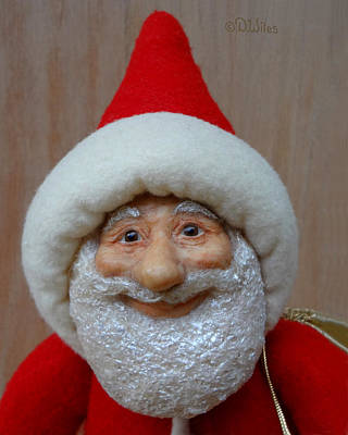 Sculpture - Santa Sr. - Closeup by David Wiles