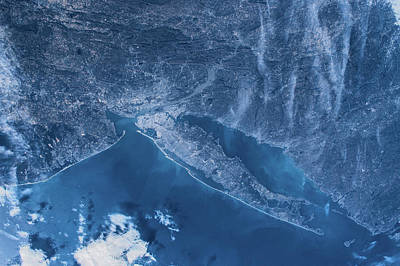 Bight Colors Photograph - Satellite View Of New York, Usa, North by Panoramic Images