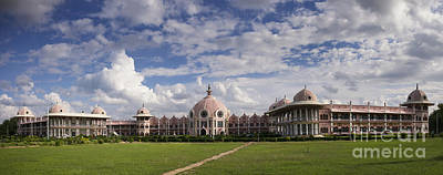 Worship God Photograph - Sathya Sai Baba Super Speciality Hospital Puttaparthi by Tim Gainey