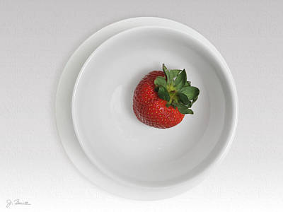 Photograph - Saucer Bowl And Strawberry by Joe Bonita