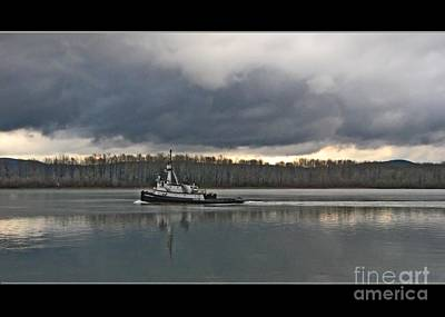 Photograph - Sause Bro Tug by Chris Anderson