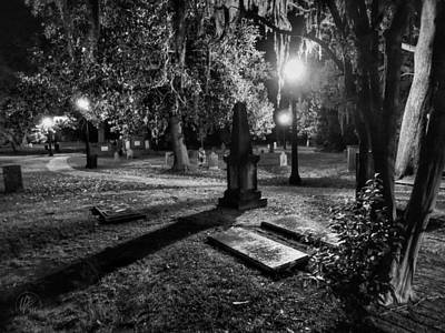 Photograph - Savannah - Bonaventure Cemetery 002 by Lance Vaughn