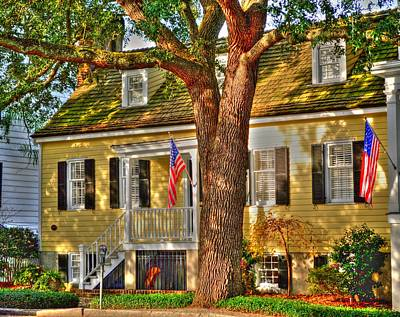Savannah Historic District Art Print by Linda Covino
