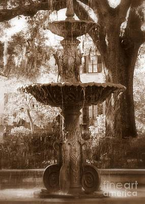 Savannah Dreamy Photograph - Savannah Romance by Carol Groenen