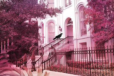 Savannah Dreamy Photograph - Savannah Surreal Pink House With Raven by Kathy Fornal