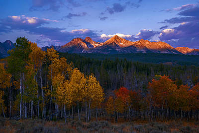 Photograph - Sawtooth Autumn Sunrise by Vishwanath Bhat