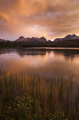 Sawtooth Mountain Art Photograph - Sawtooth Sunset by Vishwanath Bhat