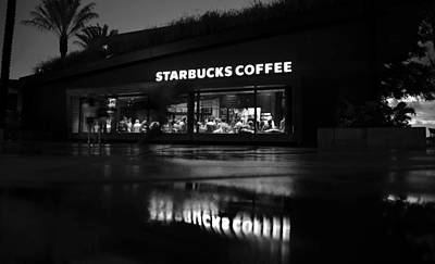 Photograph - Starbucks In The Rain by David Lee Thompson