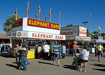 Photograph - Sc State Fair -- Elephant Ears by Joseph C Hinson Photography