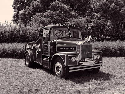 Photograph - Scammell Highwayman - Mono by Paul Gulliver