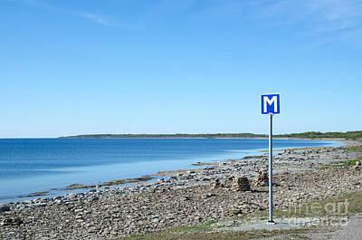 Photograph - Scandinavian Passing Place Road Sign  by Kennerth and Birgitta Kullman