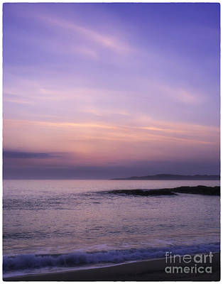 Photograph - Scarasta Sunset No2 by George Hodlin