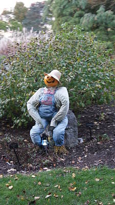 Bib Shirt Photograph - Scarecrow Sitting by Rob Luzier