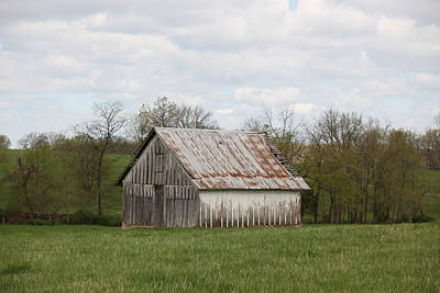 Photograph - Scenic Barn by Kathy Cornett