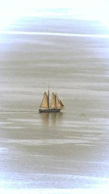 Photograph - Schooner 1 by Joe Faherty