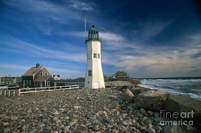 Maine Shore Photograph - Scituate Lighthouse by Bruce Roberts
