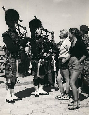 Scots Guards Entertained In Le Tourquet - And Do A Bit Of Art Print by Retro Images Archive