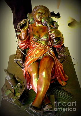 Photograph - Sculpture In Museum by John Potts
