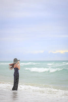 Feminine Photograph - Sea Breeze by Evelina Kremsdorf